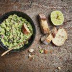 cavolo nero in guacamole