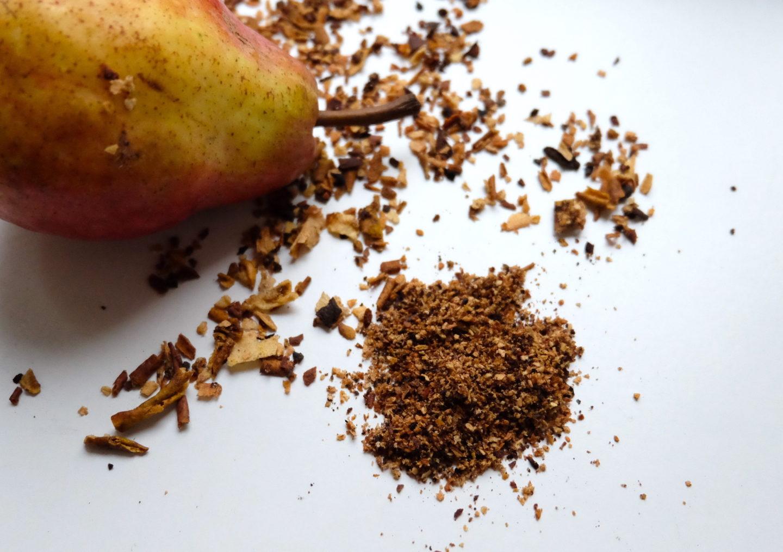 bucce di pera in cucina